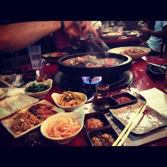 Foto scattata a Hae Jang Chon Korean BBQ Restaurant da Jayson C. il 5/19/2012