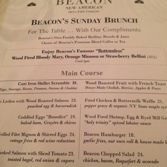 Das Foto wurde bei Beacon Restaurant & Bar von Gabrielle am 6/10/2012 aufgenommen