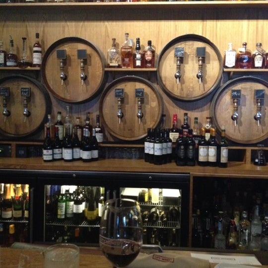 9/10/2012 tarihinde Amanda C.ziyaretçi tarafından City Winery'de çekilen fotoğraf