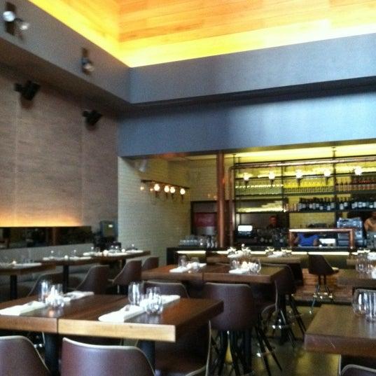 Foto tirada no(a) Cucina Asellina por Emma V. em 2/23/2012