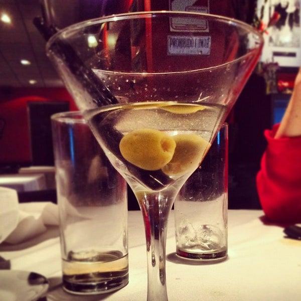 Foto scattata a Museo Evita Restaurant & Bar da Santiago S. il 4/27/2012