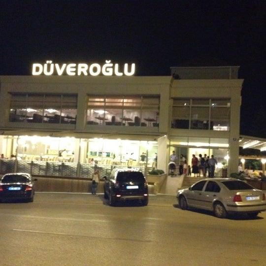Das Foto wurde bei Düveroğlu von Tamer Y. am 9/8/2012 aufgenommen
