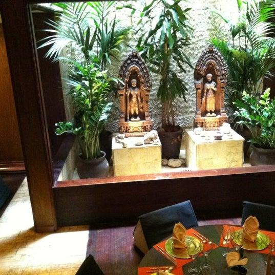 รูปภาพถ่ายที่ Thai Barcelona | Thai Gardens โดย Eusebio P. เมื่อ 8/15/2012