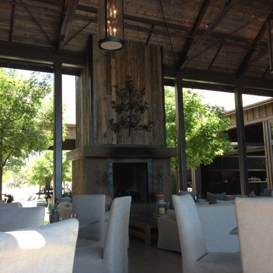 รูปภาพถ่ายที่ Ram's Gate Winery โดย Kyle J. เมื่อ 5/22/2012