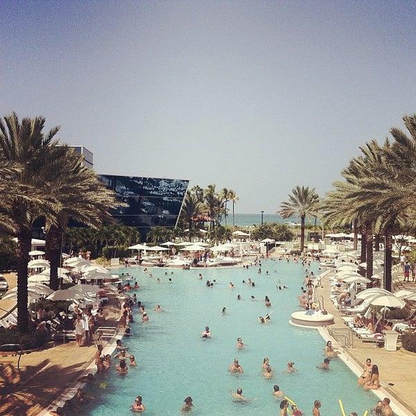 Photo prise au Fontainebleau Miami Beach par Chris L. le8/31/2012