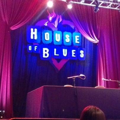 Foto diambil di House of Blues San Diego oleh Jeanette R. pada 7/15/2012