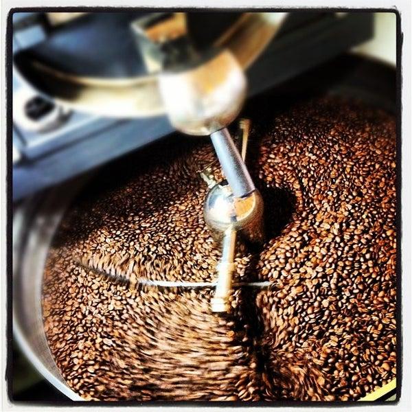 Foto scattata a Espressofabriek da espressofabriek il 8/4/2012