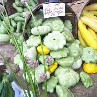 Foto tirada no(a) South End Open Market @ Ink Block por lina r. em 7/29/2012