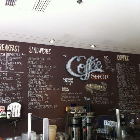 Das Foto wurde bei The Coffee Shop at Agritopia von James M. am 6/30/2012 aufgenommen