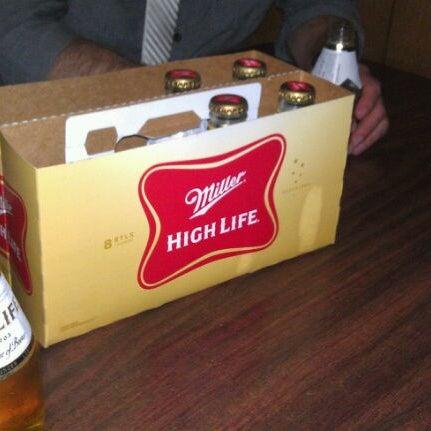 4/1/2012にBrent C.がHigh Life Loungeで撮った写真