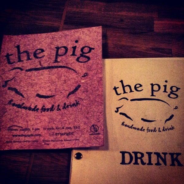 Foto tirada no(a) The Pig por Jon P. em 7/20/2012