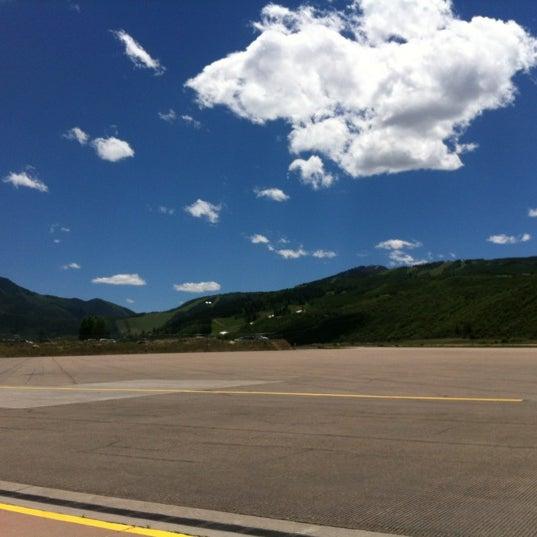 Photo prise au Aspen/Pitkin County Airport (ASE) par Quinn le6/6/2012