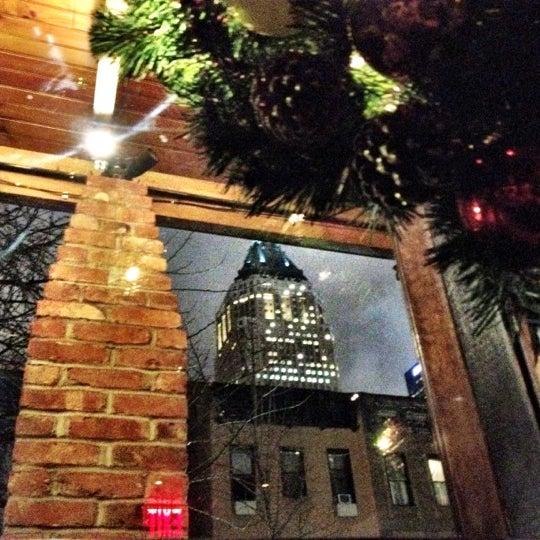 Foto tirada no(a) Bourbon Street Bar & Grille por Andrew G. em 2/17/2012