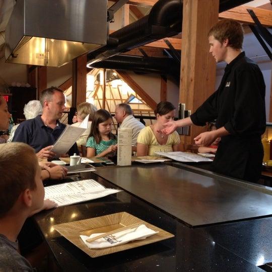 8/18/2012 tarihinde Josh M.ziyaretçi tarafından Desaki Japanese Restaurant'de çekilen fotoğraf
