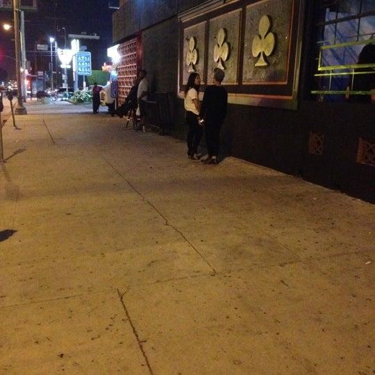 Photo prise au Three Clubs par Greg G. le8/31/2012