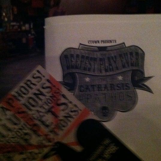 Das Foto wurde bei New Ohio Theatre von Laura M. am 3/24/2012 aufgenommen