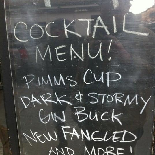 Photo prise au Bar Great Harry par Christopher M. le3/9/2012