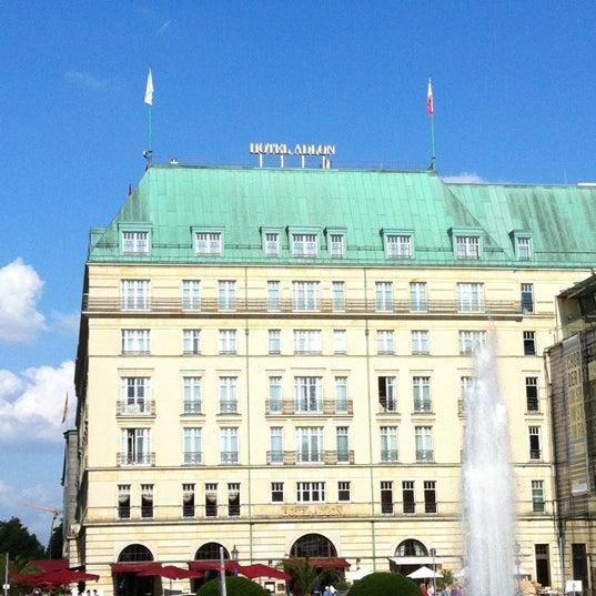 7/4/2012에 Tessalia S.님이 Hotel Adlon Kempinski Berlin에서 찍은 사진