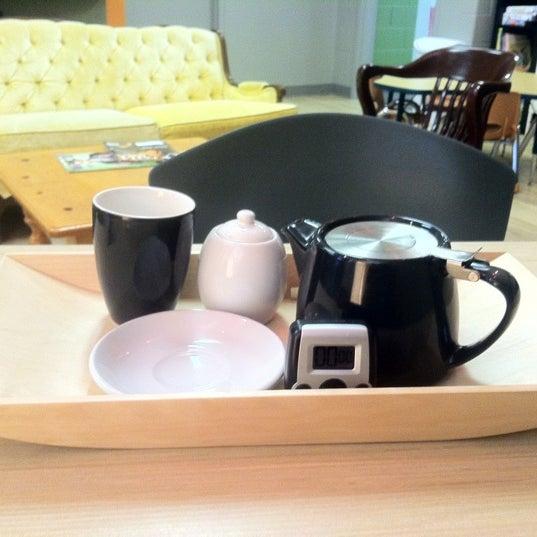 Foto tirada no(a) Accelerando Coffee House por Dave S. em 5/31/2012