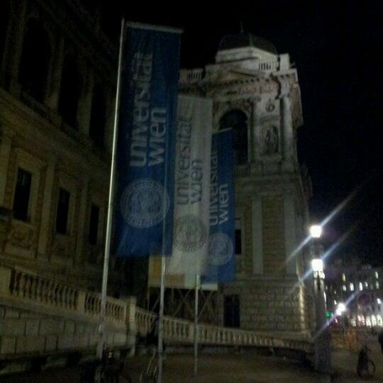 Foto tomada en Universität Wien por Monica M. el 3/22/2012