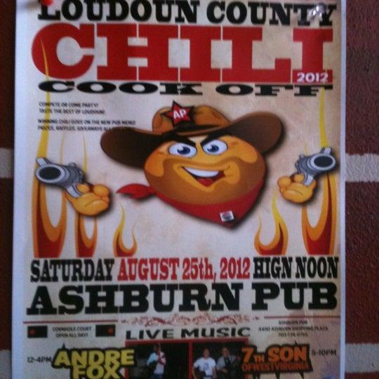 Das Foto wurde bei Ashburn Pub von Eleni am 8/25/2012 aufgenommen