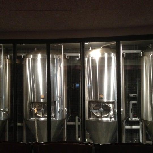 8/19/2012 tarihinde Teresa M.ziyaretçi tarafından Triumph Brewing Company'de çekilen fotoğraf