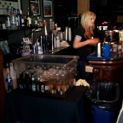 Photo prise au Pete's Tavern par TeeRoy P. le7/25/2012