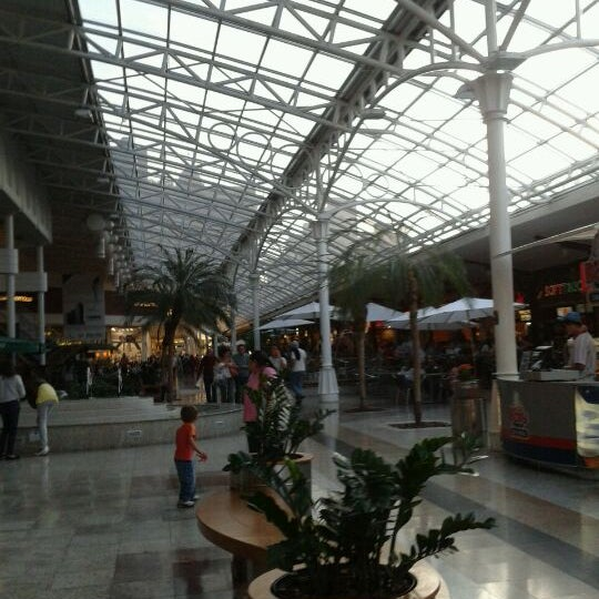 Foto scattata a Shopping Estação da Luiza M. il 4/18/2012