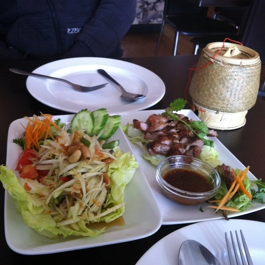 Som Tum Gai Yang Restaurant (Now Closed) - Thai Restaurant