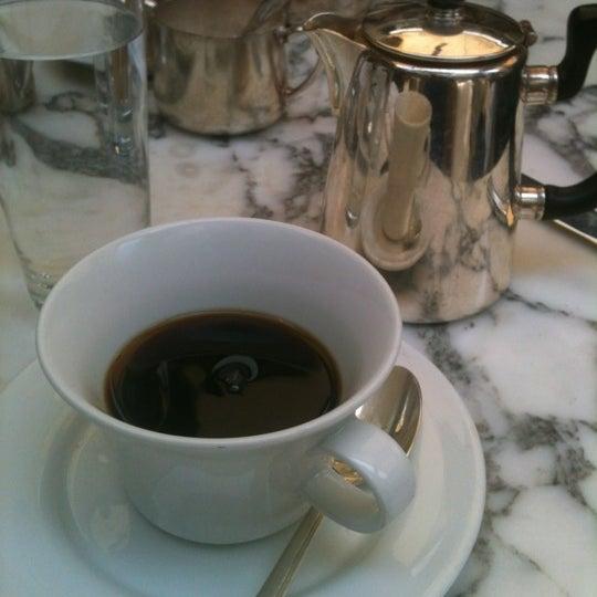 Foto tomada en Cecconi's por Anita S. el 4/29/2012