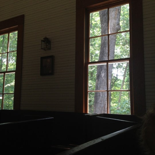 Foto tirada no(a) Liberty Universalist Church por Brandi C. em 6/24/2012