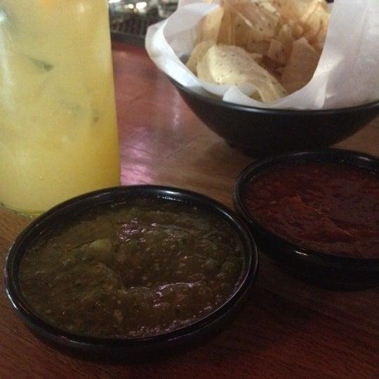 Foto scattata a Paco's Tacos & Tequila da Kwame A. il 5/19/2012