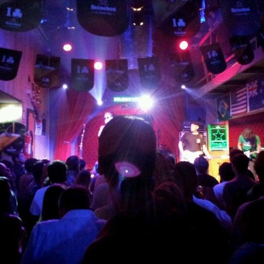 3/18/2012 tarihinde Lincoln S.ziyaretçi tarafından Bolshoi Pub'de çekilen fotoğraf