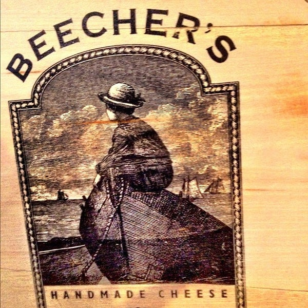 Foto tomada en Beecher's Handmade Cheese por Stephanie H. el 8/3/2012