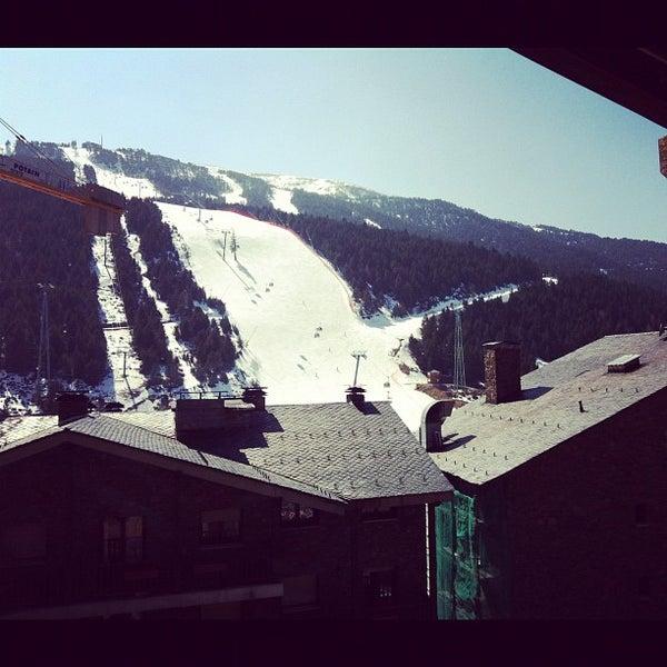 รูปภาพถ่ายที่ Sport Hotel Hermitage & Spa โดย Jamie K. เมื่อ 3/16/2012