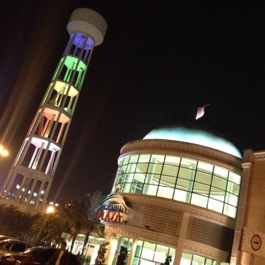 Das Foto wurde bei Grand Plaza Shopping von F. C. N. am 9/6/2012 aufgenommen