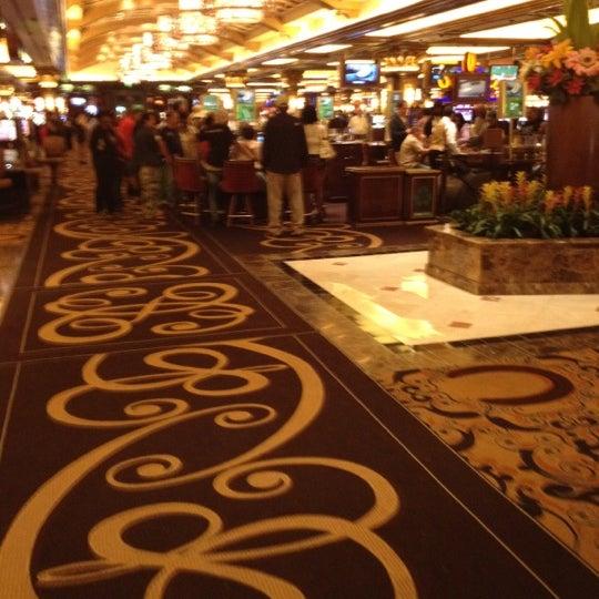 รูปภาพถ่ายที่ Horseshoe Hammond Casino โดย Carl H. เมื่อ 6/26/2012