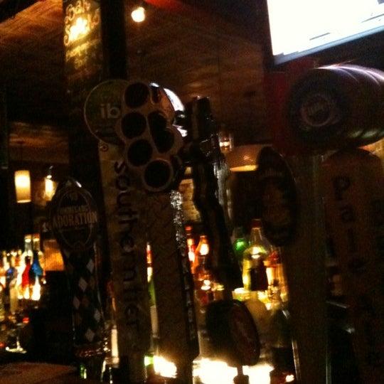 2/14/2012 tarihinde Ben C.ziyaretçi tarafından Local 149'de çekilen fotoğraf