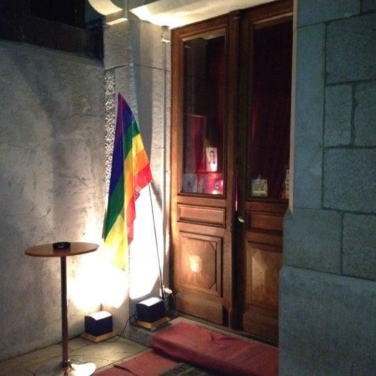 lieu de rencontre gay geneve à Saint-Raphaël
