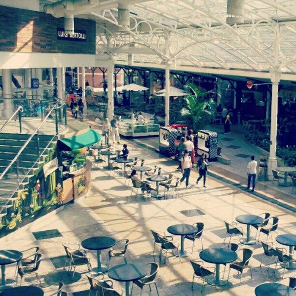Foto scattata a Shopping Estação da Felipe A. il 5/29/2012