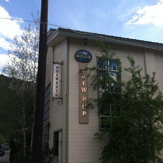 Das Foto wurde bei Snake River Brewery & Restaurant von Matt S. am 5/29/2012 aufgenommen