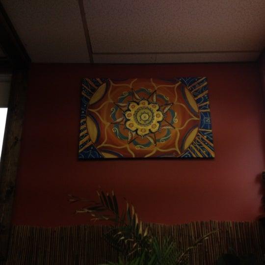 รูปภาพถ่ายที่ Casa Rasta โดย G33kyG1rl เมื่อ 4/23/2012