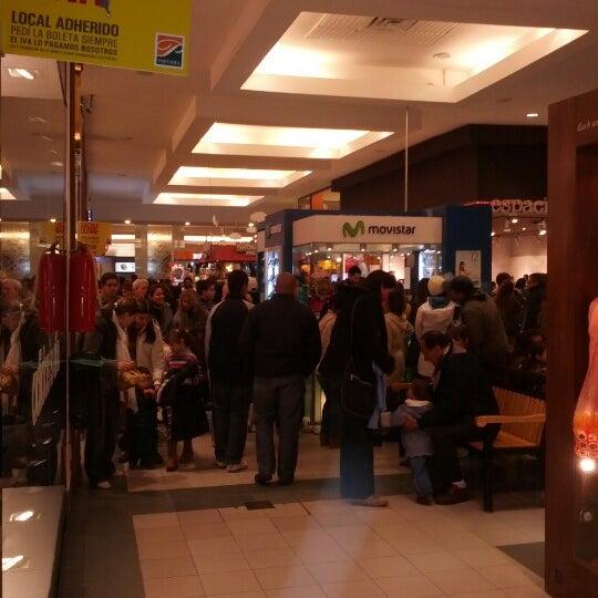 Das Foto wurde bei Portones Shopping von Federico d. am 6/9/2012 aufgenommen
