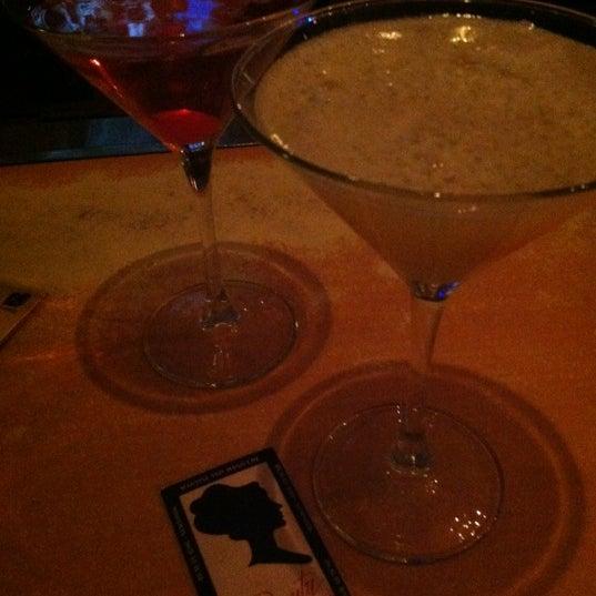 Foto diambil di Beauty Bar oleh Emily pada 4/18/2012