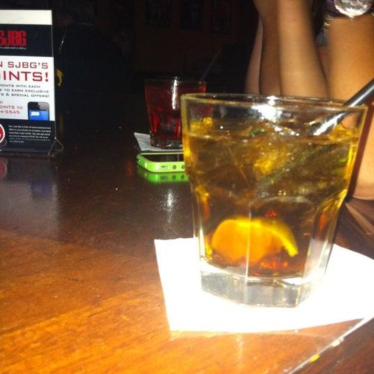 Foto diambil di San Jose Bar & Grill oleh Erica M. pada 7/11/2012