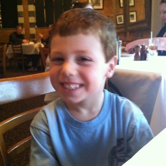 Das Foto wurde bei BRAVO! Cucina Italiana von Jason L. am 4/16/2012 aufgenommen