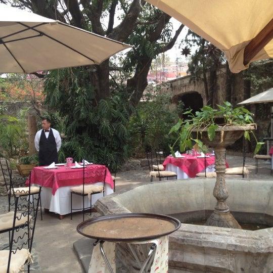 5/10/2012にToño G.がEl Jardín de los Milagrosで撮った写真