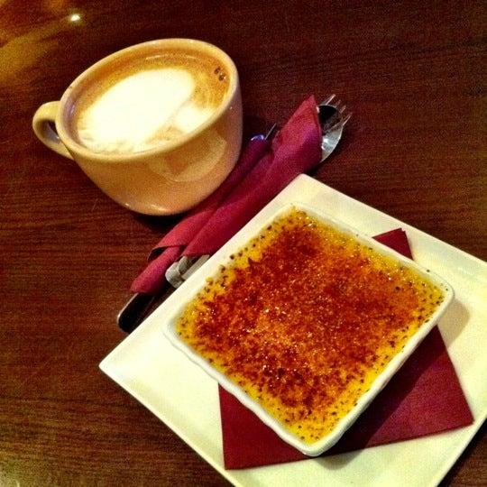 Foto tomada en Heaven Sent Desserts por CJ E. el 3/4/2012