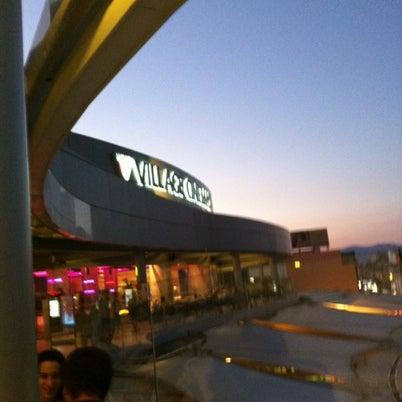 รูปภาพถ่ายที่ Athens Metro Mall โดย Manolakos K. เมื่อ 8/24/2012