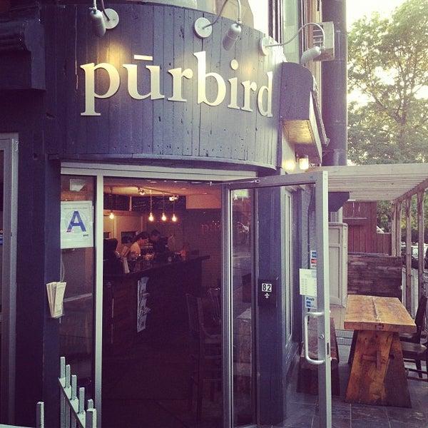 Photo prise au Purebird par Angel S. le5/16/2012
